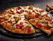 Hot Chicken Saté Pizza