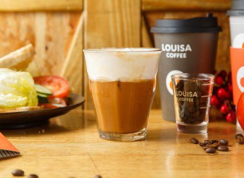 Louisa Coffee 路易.莎咖啡(高雄美術館門市)