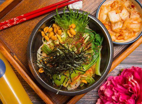 饗食拉麵[日式蔬食ラーメン·嶺東首席推薦好評拉麵·素食Veg Space ]