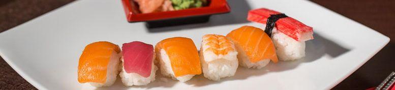 Sushi & Sashimi - Donasia Restaurant & Lucky Box
