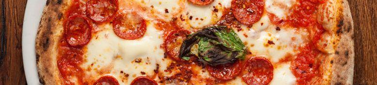 American Pizza Mittel  - Il Mondo Internationale Küche