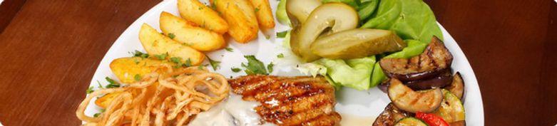 Teller Gerichte - Gundi & S´Dorf