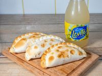 Combo - 3 empanada + levite