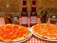 Pizzas medianas + 2 Cervezas Budweiser 330 ml