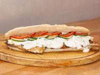 Sandwich de pollo finlandes