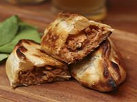 Empanada de pollo con BBQ