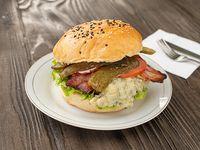 Promo hamburguesa queso azul M, papas fritas bebida en lata 330 cc