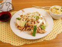 Promo - Diente de dragón pollo con arroz chaufan
