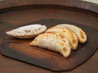 Promo 2 - 3 empanads + 1 dulce