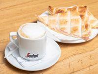 Cafe Con Leche + Tostado de Jamón y Queso - 3 Triangulos -