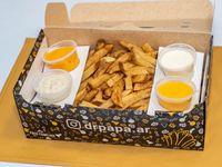 Papas fritas - Caja familiar con degustación de salsas