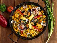 Paella especial de mariscos