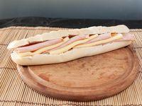Sándwich con lomito