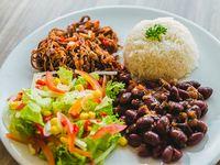 Menú 2: Carne Desmechada + Fríjoles + Arroz + Ensalada