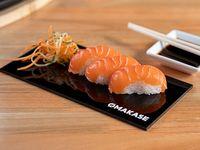 Niguiris de salmón (3 piezas)