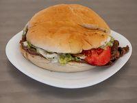 Sándwich individual de churrasco italiano