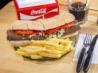 Promo - Sandwich de milanesa con papas fritas