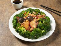 Puerco asado con brócoli