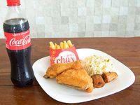 Combo 1 - ¼ de Pollo con arroz, papas fritas y plátanos + Gaseosa 500 ml