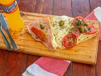 Promo - 3 porciones de pizza muzzarella + Jugo Placer 600 ml