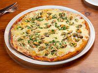 15 - Pizzeta muzzarella con mejillones