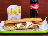2 x 1 Super Combo Sandwich + Bebidas