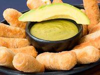 10 dedos de queso (tequeños) + Limonada 16 ozas