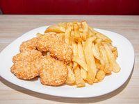 Promoción - Nuggets de pollo + papas fritas + gaseosa 220 ml