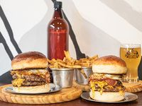 Promo - 2 hamburguesas + cerveza 1 L