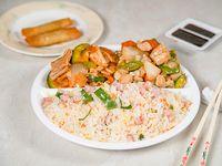 Menú canton junior - arroz chow-fan + 2 comidas a elección para 1 o 2 personas