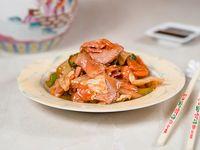 Cerdo con salsa de damascos