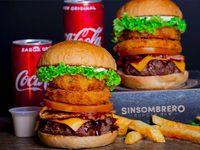 Hamburguesa Sin Sombrero x 2 + Papas + Coca-Cola Sabor Original.