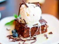 Brownie Con Helado