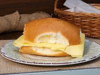 Pebete de queso