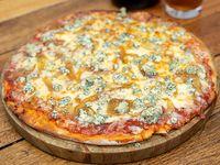 Pizza con roquefort y cebolla caramelizada