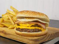 Promo - Hamburguesa doble de carne americana + papas fritas