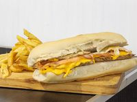 Promo - Sándwich de pollo americano + papas fritas