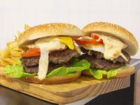 Promo - 2 hamburguesas dobles de carne americanas + papas fritas