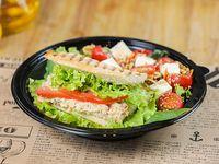 Combo - 1/2 sándwich + 1/2 ensalada