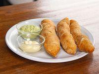 Tequeños de queso con salsa de ajo (3 unidades)