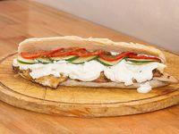 Sándwich de pollo finlandes