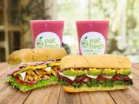 1 Sándwich, Wrap o Ensalada Hawaiian Fresh + 1 Sándwich, Wrap o Ensalada Burger Fresh + 2 Jugos Naturales