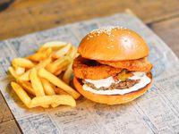 Hamburguesa seboncheese con papas fritas