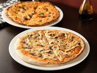 1 Pizza Clásica Personal + 1 Pizza Pollo y Champiñón Personal