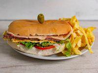 Promoción - Sándwich de lomo completo + Papas fritas