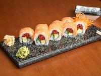 Top salmón roll (8 piezas)