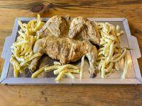 Pollo grande + 2 porciones de papas fritas + pote de chimi + pote de mayo casera