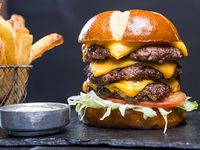 Triple Mr Cheese Burger