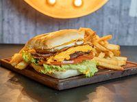 Burger completa + papas fritas + pepsi 250 cc