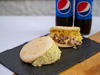 Combo 3 - 2 arepas + 2 refrescos 500 ml
